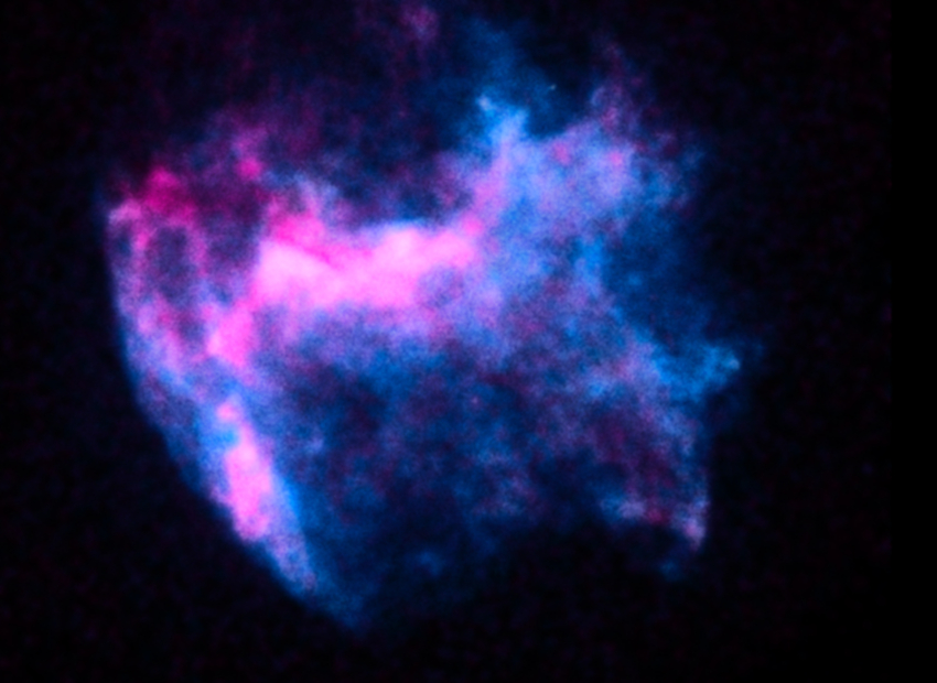 Chandra image of W49B supernova remnant